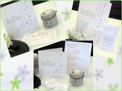 Blumige Hochzeitspapeterie in weiß und grün.