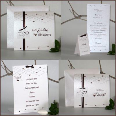 Ausdrucksstarke Silberhochzeitspapeterie mit romantischem Design in braun