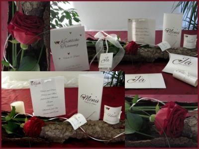 Moderne Hochzeitskarten und eine passende Dekoration in edlem Bordeauxrot.