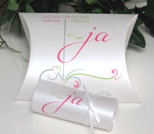 Hochzeitseinladung mal anders! Einladungsbox in pink und grün.