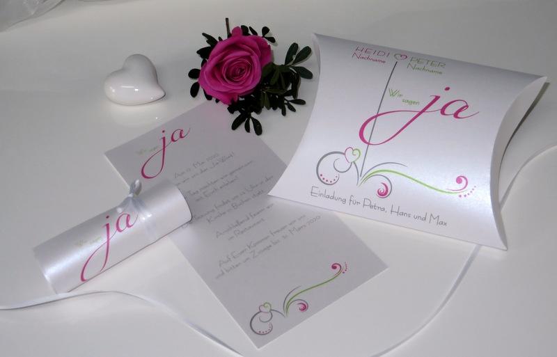 Besondere Hochzeitseinladung als Box mit Schriftrolle
