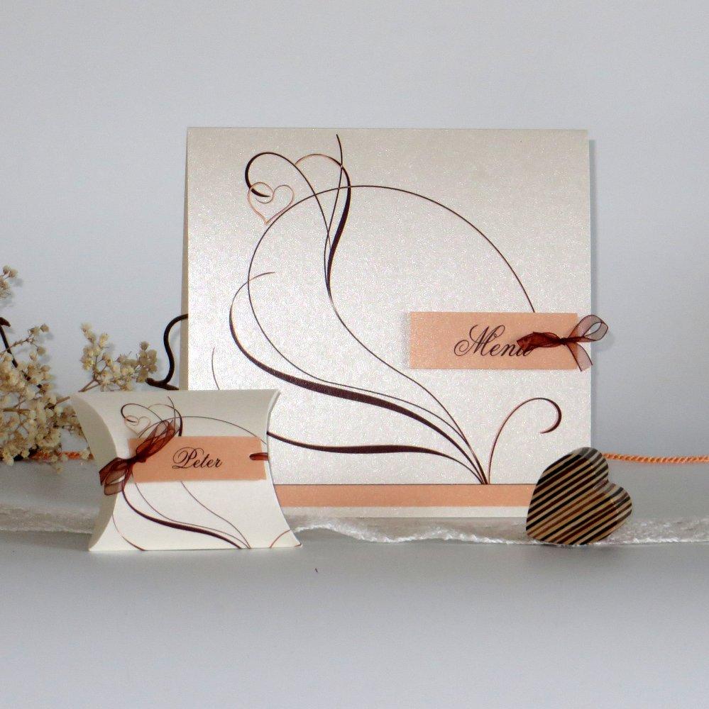 Moderne Ranke in apricot & creme