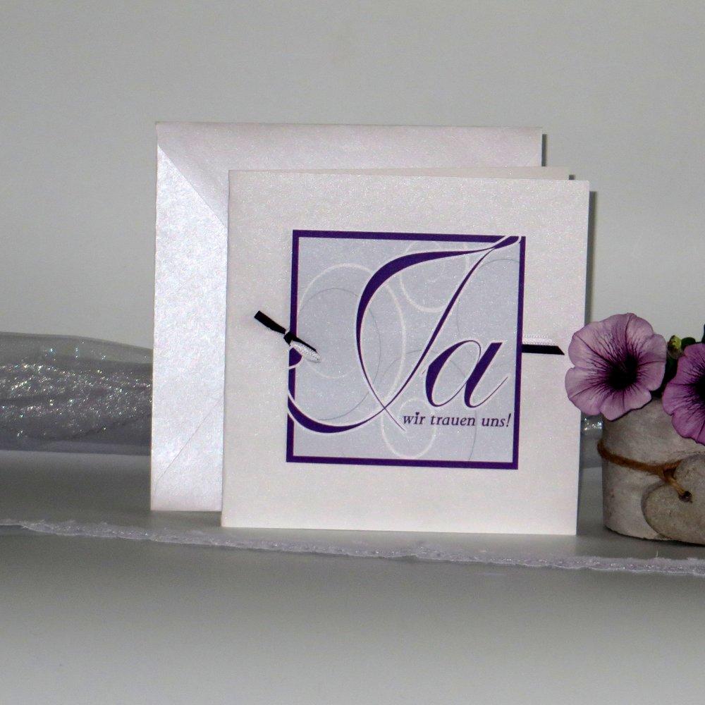 Ja-Wort lila mit grau