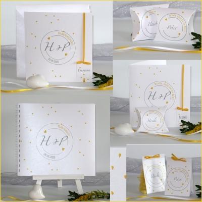 Ansprechende Karten für die Silberhochzeit mit einem edlen Druck in gelb auf creme.
