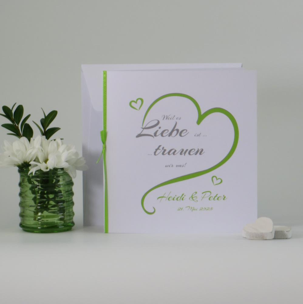 """Hochzeitseinladung """"In Love"""" in grün"""